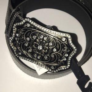 Nwt silvertone buckle belt